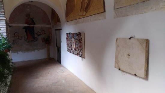 Amelia, Italy: Il chiostro