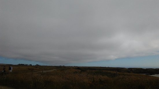 Glass Beach: Dramatic cloud overhead