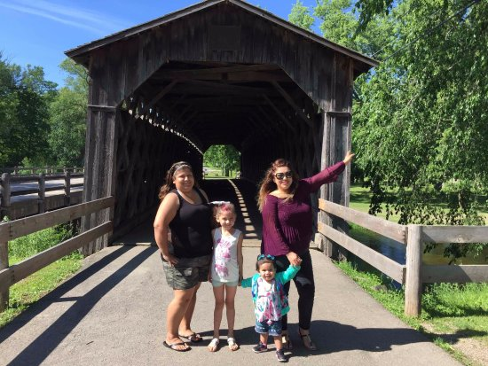 Cedarburg, WI: In front of the covered bridge
