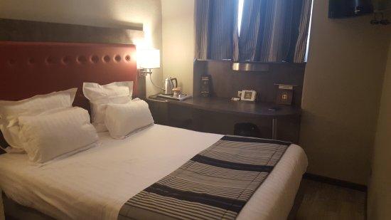 Hotel Carre Vieux Port Marseille : 20170625_181745_large.jpg