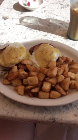 ‪‪Londonderry‬, ‪New Hampshire‬: Eggs Benedict‬