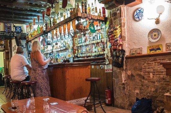Tipic Bar