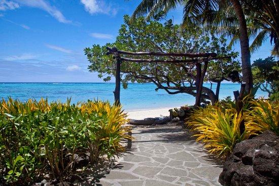 Pacific Resort Aitutaki: Gateway to Beach