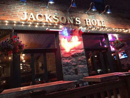 Jackson's Hole & Grill: photo0.jpg