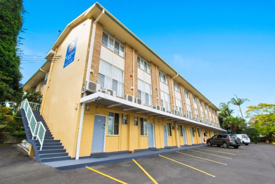 Comfort Inn North Shore: Lower Carpark