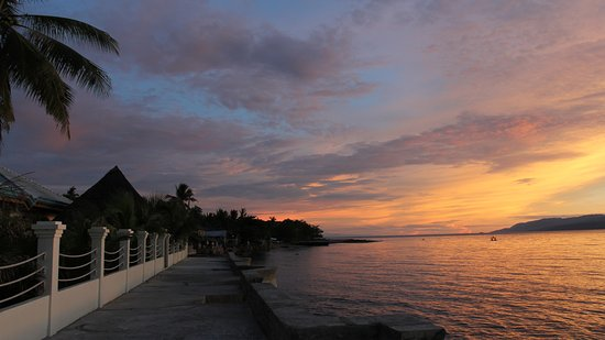 Sibulan, Philippines: Sunrise at Wilsons, everyday.
