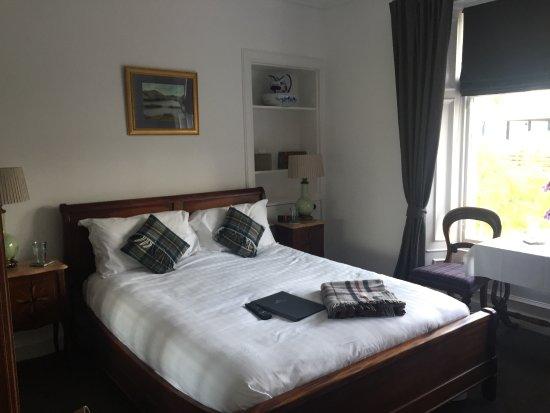Chambre décorée avec goût. - Picture of The Fitzroy, Perth - TripAdvisor