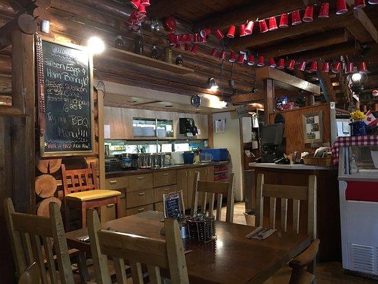 Pioneer House Restaurant : photo3.jpg