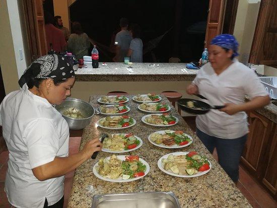 Soda Ranchito Dona Maria : Ahora contamos con servicio de Catering Service, para todo tipo de actividad. Contactenos al 831