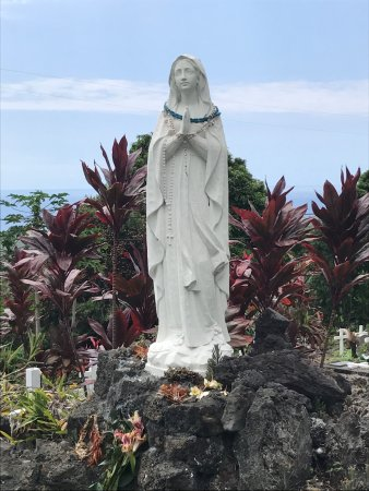 Honaunau, HI: Statue of the Virgin Mary