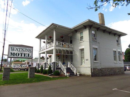 watkins motel updated 2017 prices hotel reviews. Black Bedroom Furniture Sets. Home Design Ideas