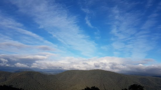 Benalla, Australia: Beautiful views from Mansfield Whitfield rd over the high country