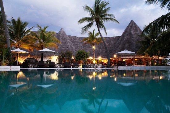Tikehau Pearl Beach Resort Reviews