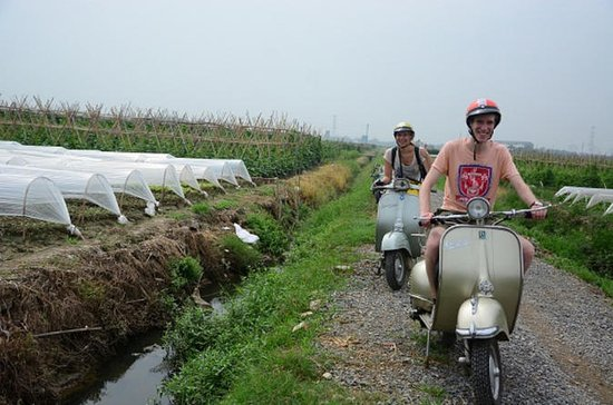 Hanoi discovery for half day by VESPA motorbike