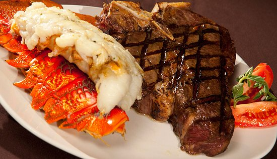 Wisconsin Rapids, WI: Steak and lobster