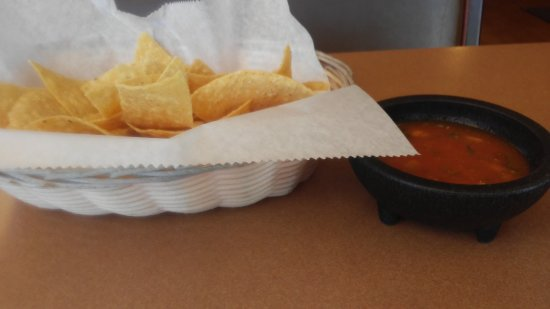 Littlerock, CA: Chips and Salsa