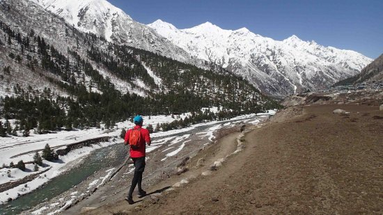 Annual marathon run in Sangla Valley in first week of May. Returning from the half way mark in C