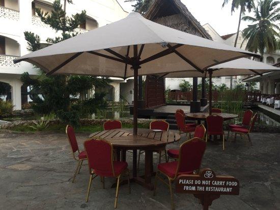 Pavilions Restaurant: 戶外座位