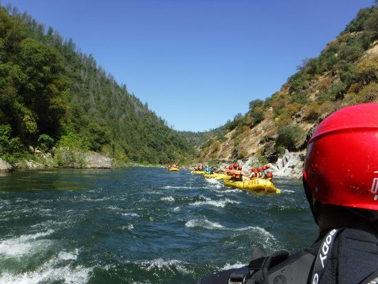 Lotus, Kalifornien: Beautiful day on the Chili Bar! First part of the 21-Miler on the South Fork of the American Riv