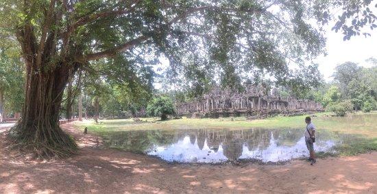 Angkor Wat Day Tour: photo0.jpg