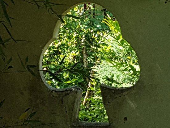 jardin chinois de yili rambouillet ce qu 39 il faut savoir pour votre visite tripadvisor. Black Bedroom Furniture Sets. Home Design Ideas