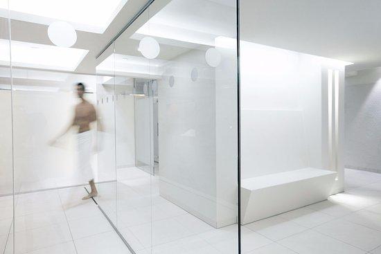 Modernes Design im Sonnenhof SPA - Picture of Steigenberger Hotel ...
