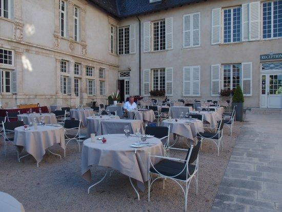 Les jardins photo de chateau de pizay saint jean d 39 ardieres tripadvisor - Restaurant chateau de pizay ...