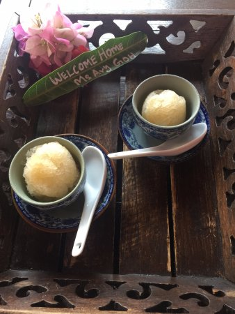 Casa del Rio Melaka: Welcome drink. Ginger but not spicy just cooling, we love it.