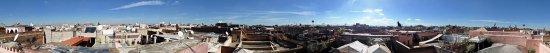 Riad des Drôles : Vue de la terrasse