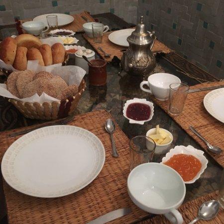 Riad des Drôles : Petit déjeuner