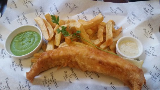 Fish and chips picture of vaughans anchor inn liscannor for Anchor fish and chips