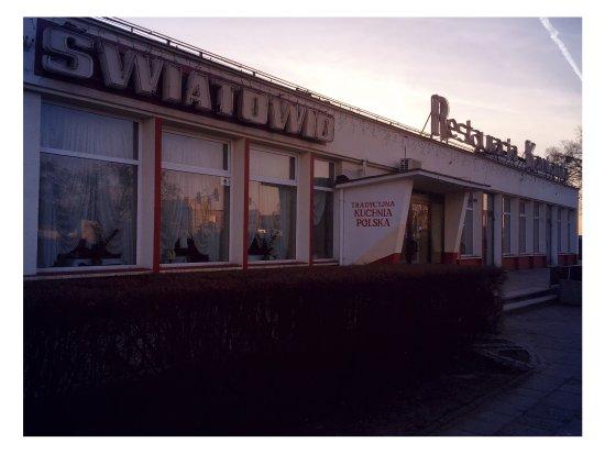 Strzałkowo, Polska: Restauracja Światowid