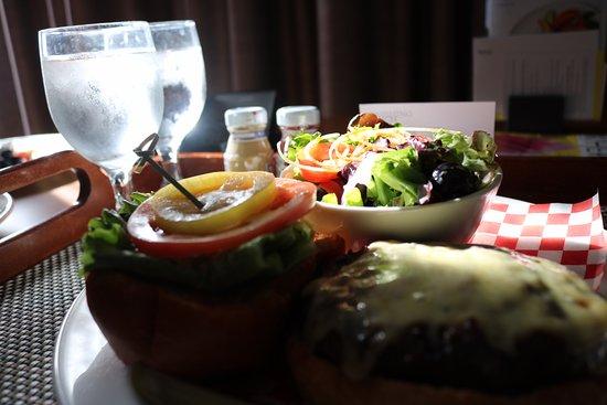 The Westin Prince Toronto: Room dining