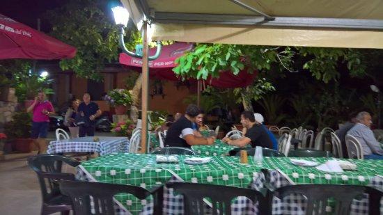 Il giardino foto di gighetto vico equense tripadvisor - Il giardino di mezzanotte ...