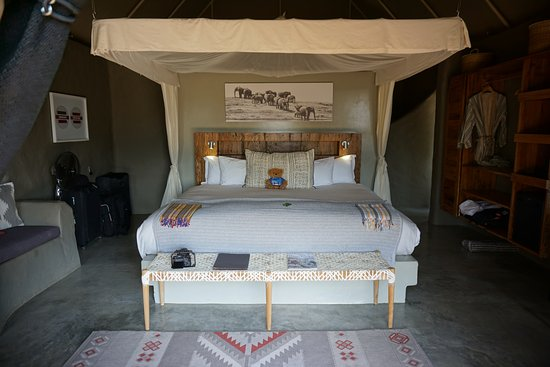 Garonga Safari Camp: Our lovely luxury tent at Safari Garonga Camp
