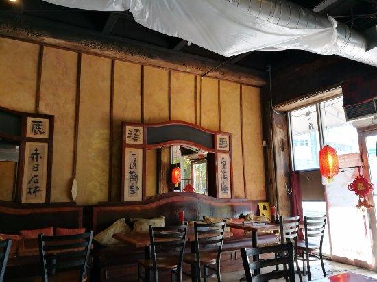 """Sum Yum Gai: Interior of the """"restaurant"""""""