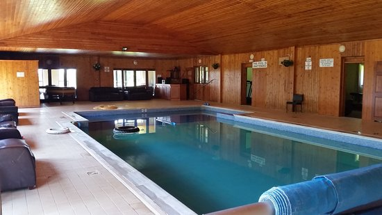 Sherrill Farm Holiday Cottages: Sherrill Farm Heated Indoor Pool, Nr  Tavistock.