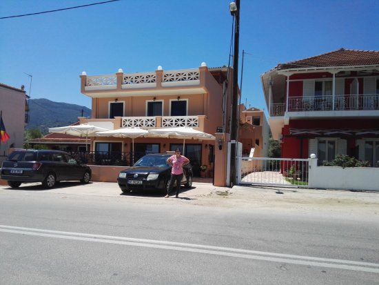 Hotel Florena Episkopos: IMG_20170624_134153_large.jpg