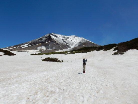 Mt. Asahidake : 雪上のハイキングコース