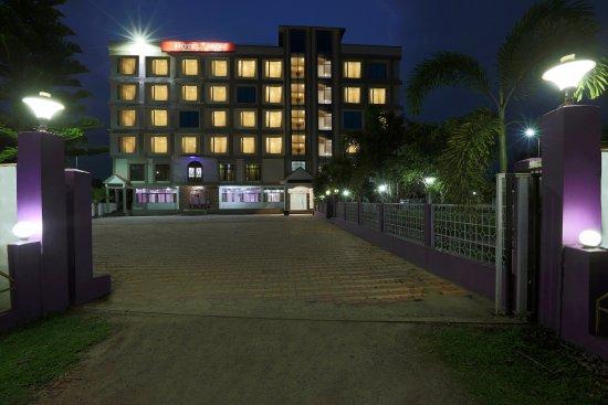 OYO 9468 HOTEL JIRONI (Jorhat, Assam) - Hotel Reviews, Photos, Rate