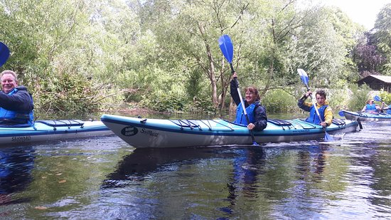 Blairgowrie, UK: Paddling up the river
