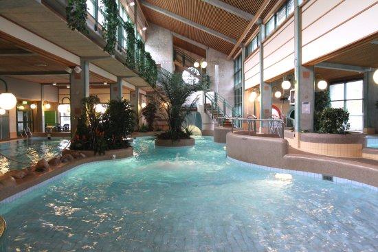 landskrona badet öppettider