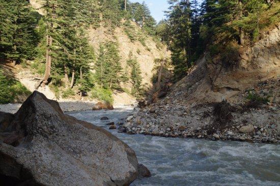 Kinner Camp Sangla: River side