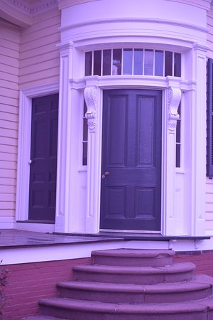 King George, VA: Curious architectural features (curved door)