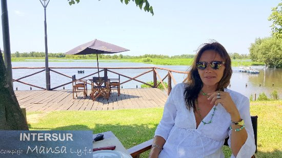 LA RUEDA RESTAURANTE: hermosa vista al Parana