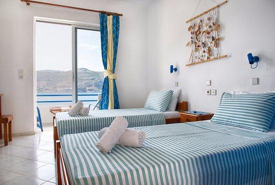 Marina Rooms