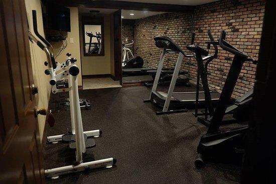 Centerport, NY: Fitness Room
