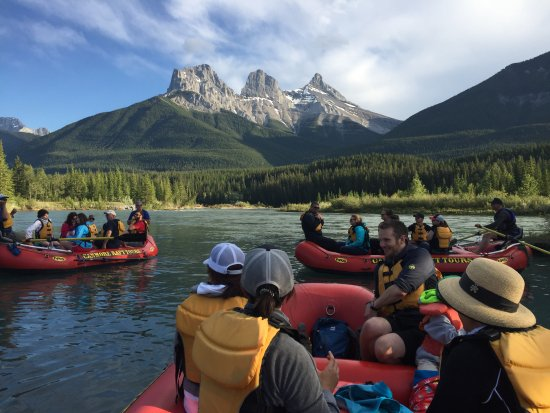 ‪Canmore Raft Tours‬