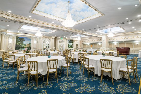 Ballroom Picture Of The Roslyn