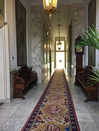 Willet-Holthuysen Museum: Grand hallway